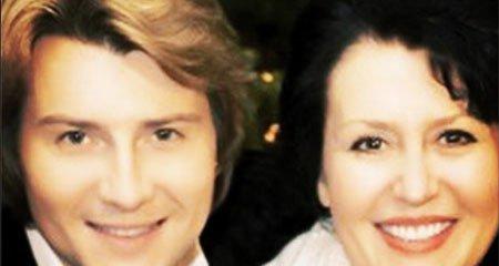 Николай Басков показал фотографию со своей мамой