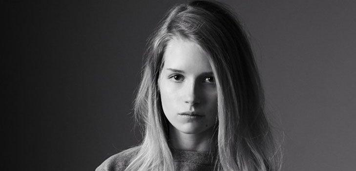 Новая капсульная коллекция Calvin Klein с Лотти Мосс