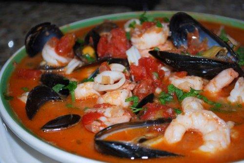 Блюдо с морским коктейлем рецепт