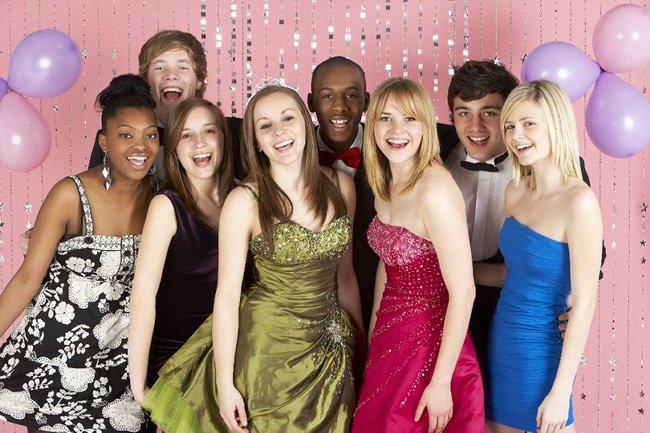 Новогодние конкурсы для детей-подростков