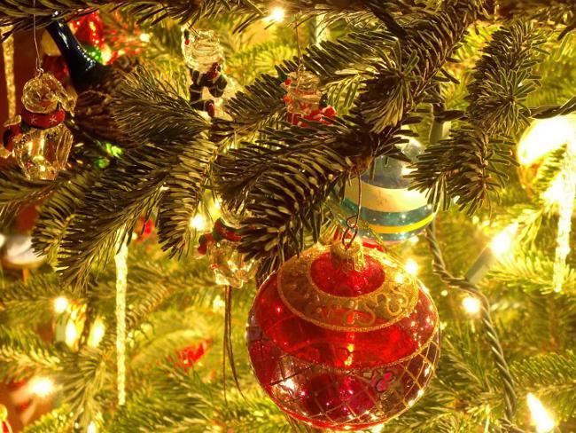 Почему празднуют Новый год в январе?