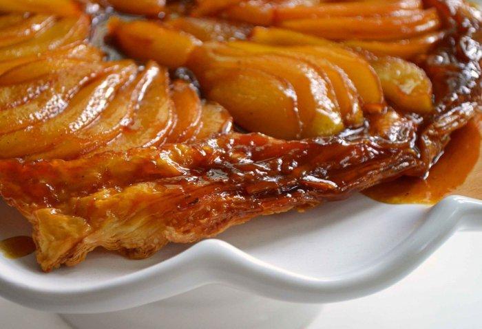 Пирог-перевертыш с яблоками. Яблочный пирог: рецепты, фото