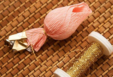 Подарки из конфет своими руками, лучшие идеи с фото