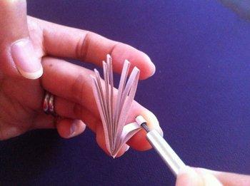 Как сделать новогодние украшения в технике квиллинг, фото