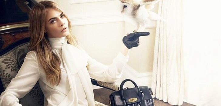 Рекламная кампания сумок Кары Делевинь для Mulberry