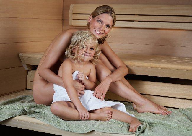 Поход в баню с ребенком
