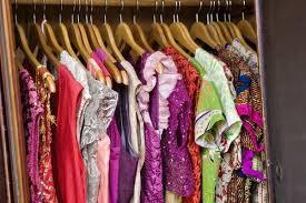 Смена сезонного гардероба: из лета в зиму и обратно