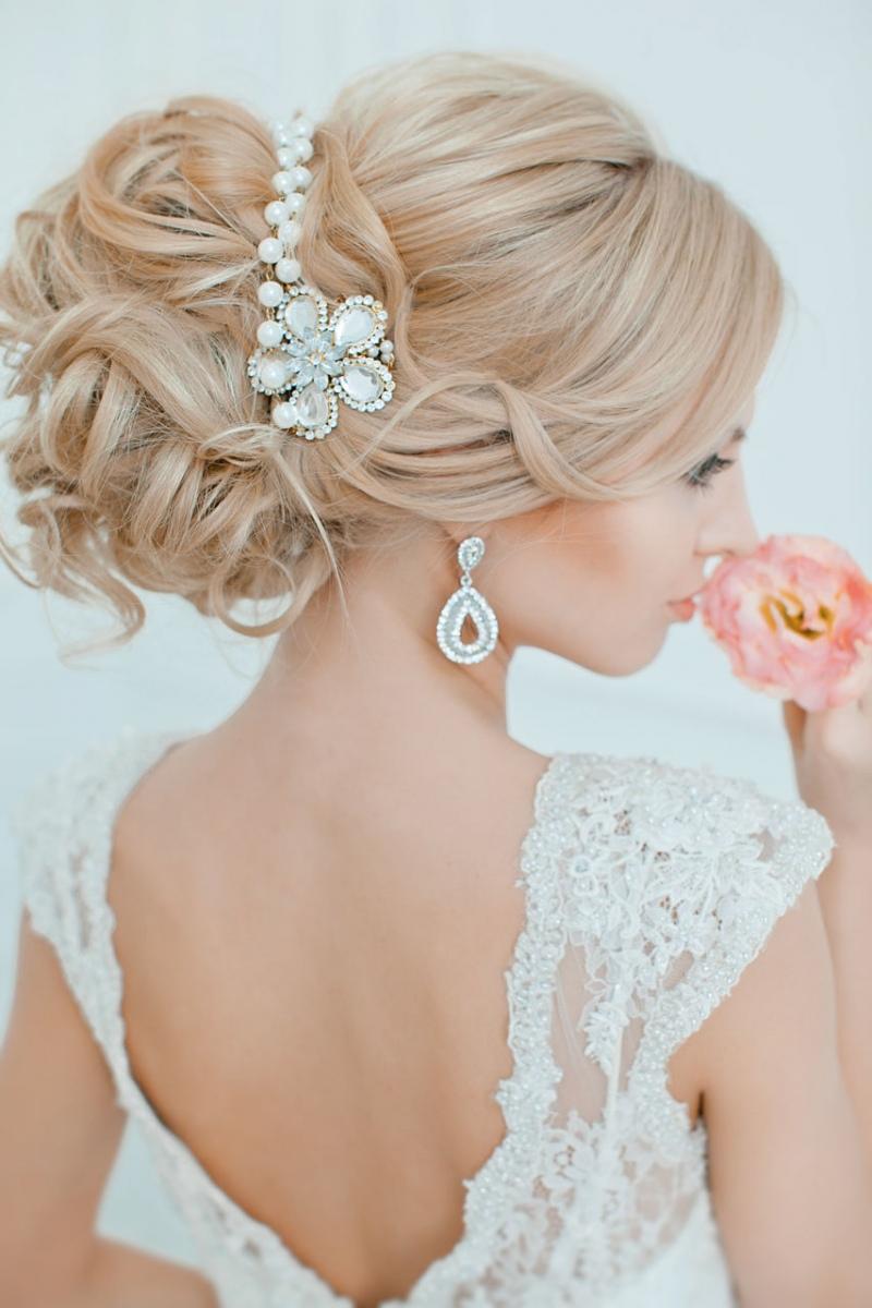 Невесты с прическами