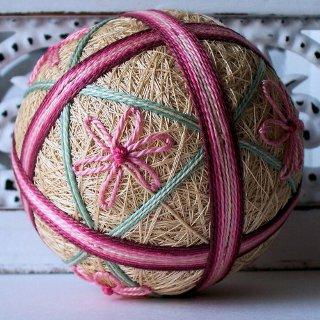 Темари: шары из ниток