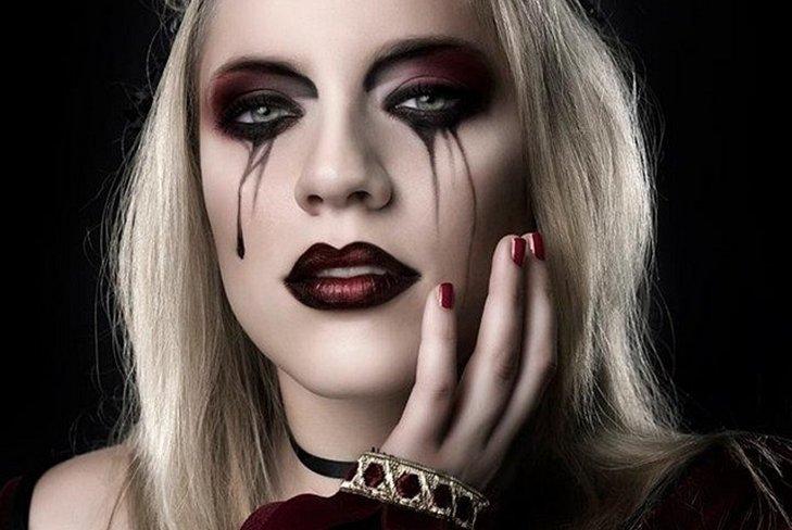 Goth eye