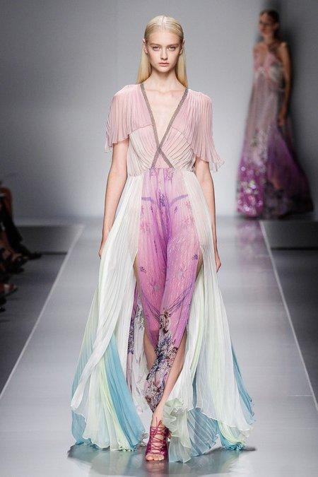Великолепные платья в пол