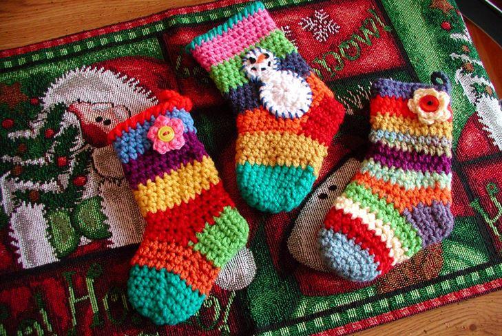Новогоднее вязание крючком: схемы и фото уроки для начинающих