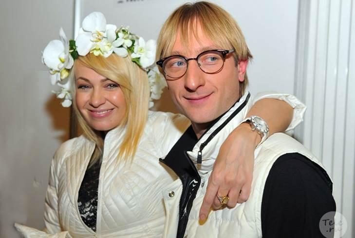 Рудковская и Плющенко готовы к именинам своего сына