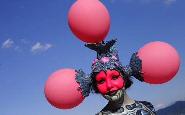 Крупнейший ежегодный всемирный фестиваль боди-арта 2012 (39 фото)