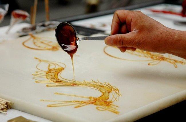 Ремесло сахарной живописи в Китае (4 фото)