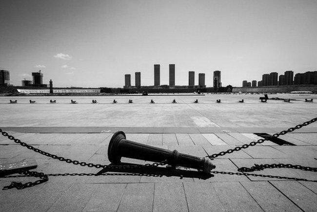 Ордос — самый большой город-призрак в мире (10 фото)