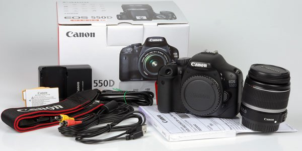 Canon EOS 550D Цифровой фотоаппарат