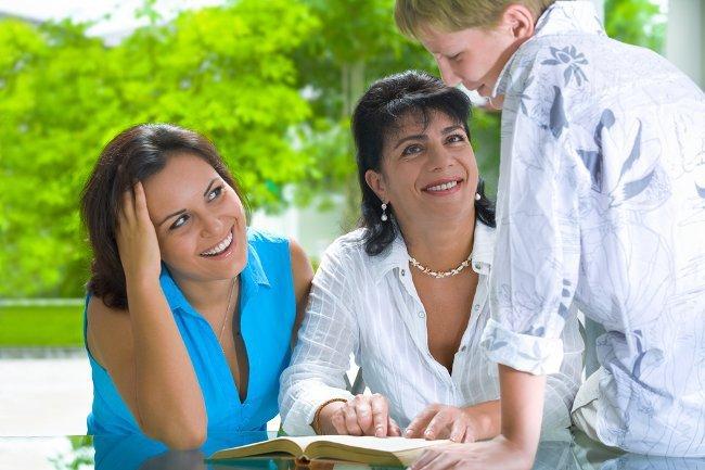 Жить с родителями: миссия выполнима!