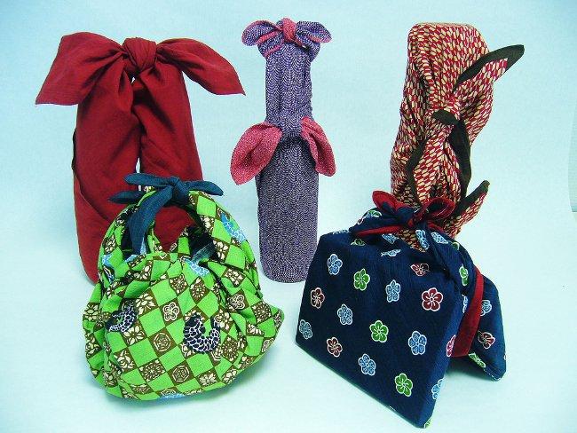 Новогодняя упаковка из текстиля