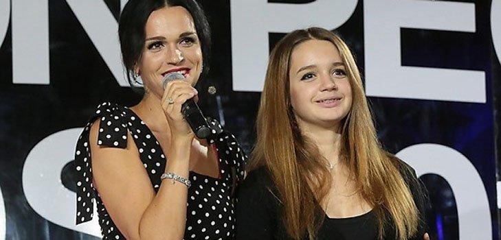 Одна из дочерей певицы Славы перенесла операцию