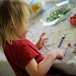 Поделки своими руками для детей из бумаги, пластилина, дерева, овощей и другого